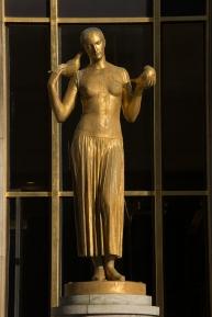 Paris, Palais de Chaillot, Parvis des droits de l'Homme, DESCATOIRE, Alexandre : La Jeunesse